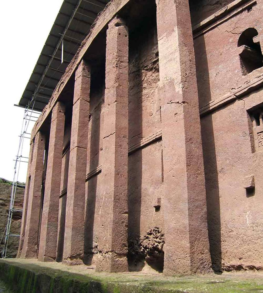 "lalibela church""DSCF0549"" by Giustino is licensed under CC BY 2.0"